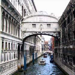 ベネチアの見逃せない観光スポット一覧おすすめです